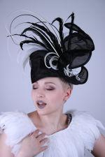 - Hat-Fascinator
