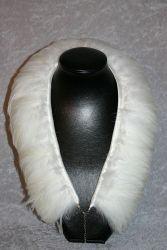 Federkragen Hahnenhals weiß